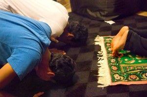 Students adjust to Ramadan in US
