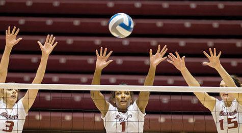 SIU volleyball defeats Central Michigan in season opener