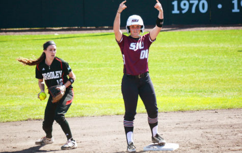 SIU softball splits again at February Freezer