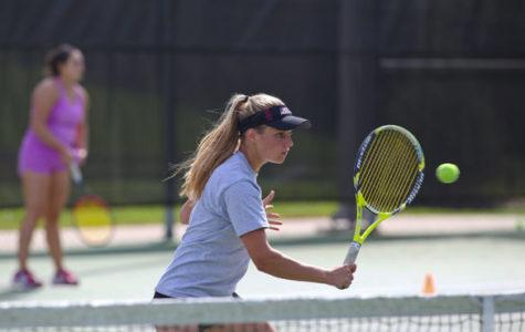 SIU women's tennis swept in semifinals