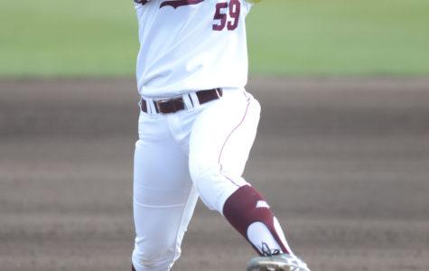 Saluki softball sweeps MVC-opening doubleheader