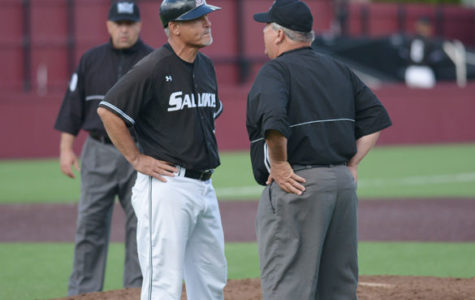 Saluki baseball picked to finish last in MVC