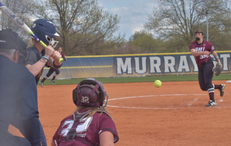 Salukis experiencing midweek excellence