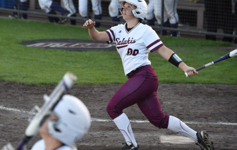 SIU softball finishes Bradley sweep in Peoria