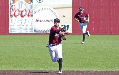 SIU baseball drops second straight to Dallas Baptist
