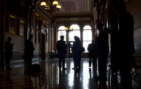Madigan's Democratic lawyer sues to block redistricting reform referendum