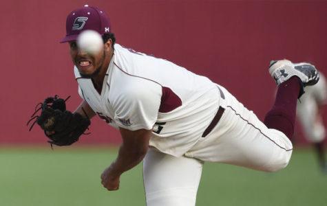 Saluki baseball makes it eight of nine with series-opening win