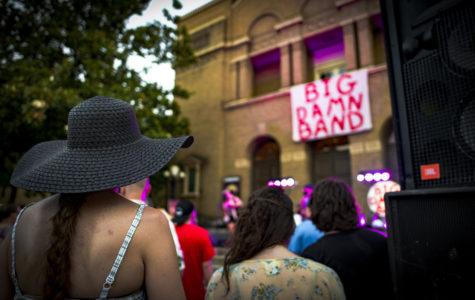 Big Damn Band kicks off Sunset Concert season