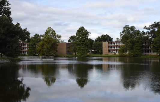 Campus Lake as seen from its north side on Sept. 1, 2016, near Thompson Point. (Athena Chrysanthou | @Chrysant1Athena)