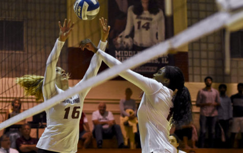 SIU volleyball has rough weekend at Flyer Classic