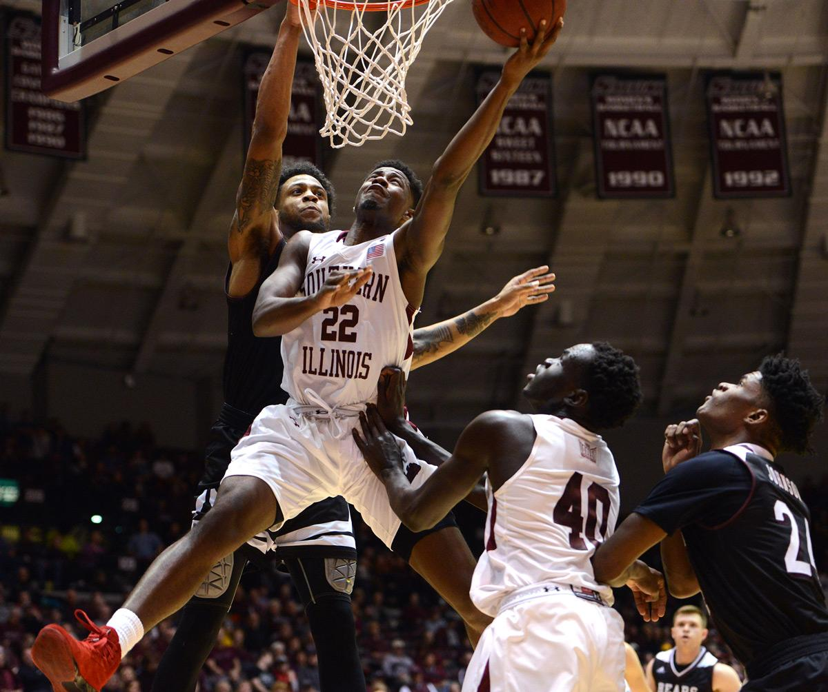 Saluki sophomore guard Armon Fletcher attempts a layup Saturday, Jan. 28, 2017, during SIU's 85-84 overtime win against the Missouri State Bears at SIU Arena. (Luke Nozicka | @lukenozicka)