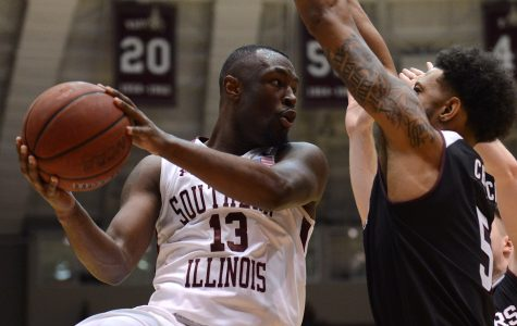 Salukis snap three-game losing streak in nail-biting win over Missouri State