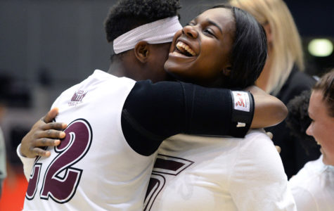 Salukis sweep season series with Bradley for a senior night victory
