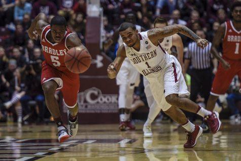 Gallery: Saluki basketball defeats Bradley 85-65