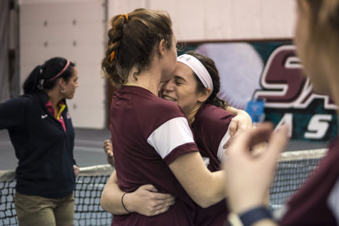 Dramatic final match seals perfect weekend for men's and women's tennis