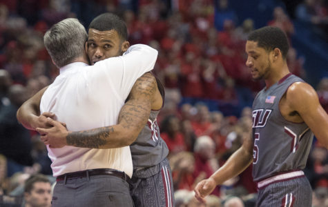 Illinois State's hot first-half shooting too much for Salukis to overcome