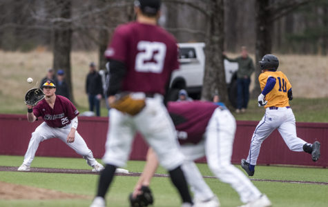 SIU completes sweep of home-opener series with win against Western Illinois
