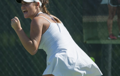 Women's tennis beats ISU for first win in conference play