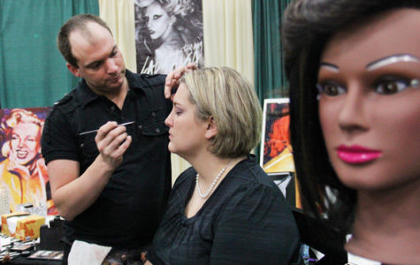 Bridal show offers makeup trial