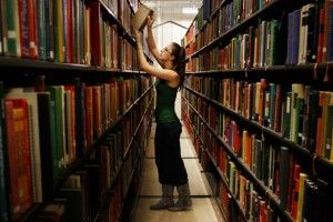 Morris Library anticipates return of books from storage