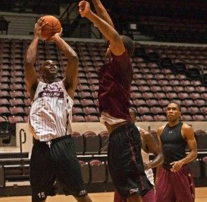 Salukis spend time at the line
