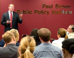 Plummer talks jobs at Pizza and Politics