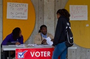 Fraternity registers students to vote