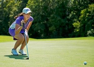 Women's golf finds rhythm