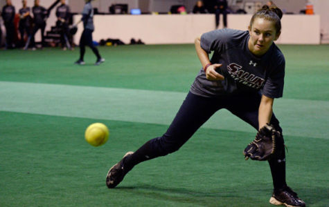 Softball begins season with congested schedule
