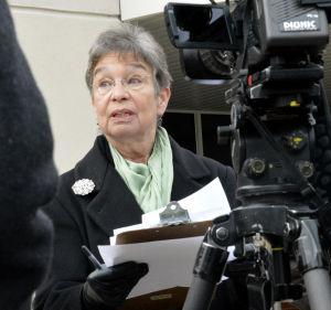 Adams seeks Carbondale mayor position