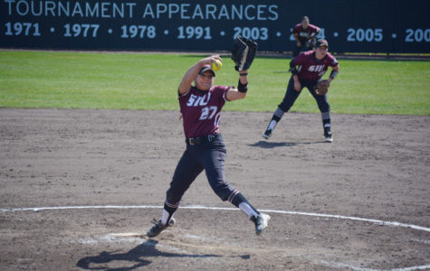 Salukis sweep Braves; start MVC play 3-0