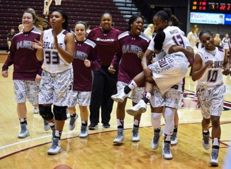 SIU women's basketball lands two commits