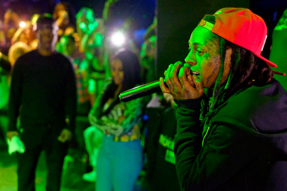 Lil Wayne's short-lived performance produces split opinions