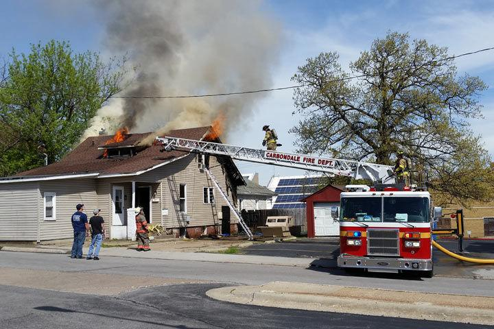 Fire destroys home in Carbondale