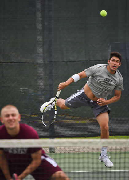 SIU men's tennis done after day one