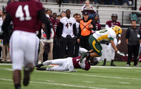 Bison outrun Dawgs 35-29