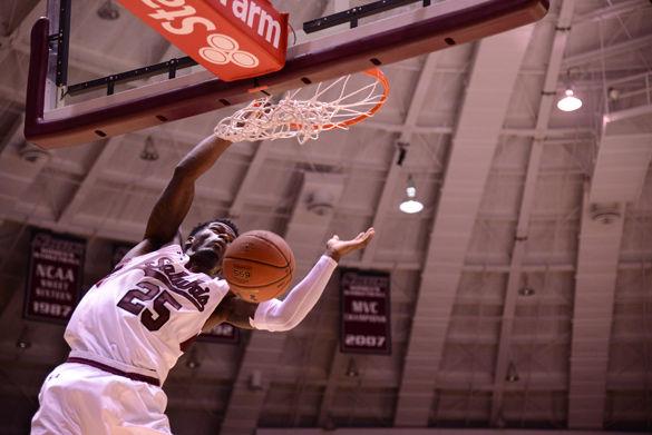 SIU mens basketball starts season with exhibition win