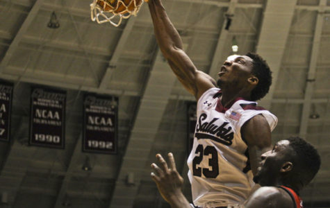 Beane's 26 points lead SIU past Drake