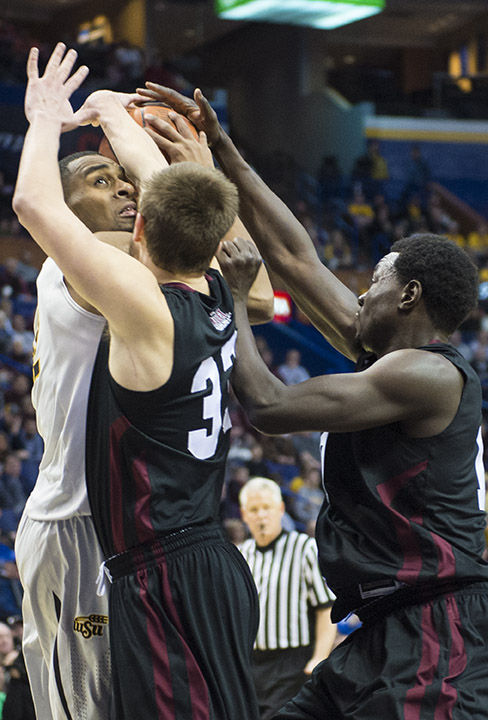 Salukis searching for frontcourt talent