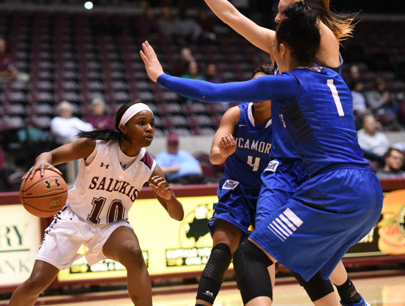 Big fourth quarter leads Salukis to victory