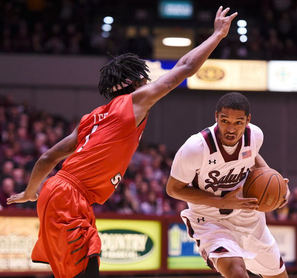Rough first half downs Salukis against Illinois State