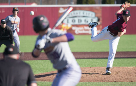 Whitmer, bats dominate Western to earn series win