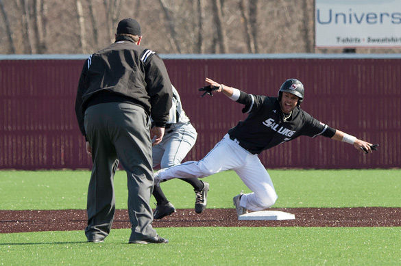 Sabo's late homer pushes Salukis past McNeese State