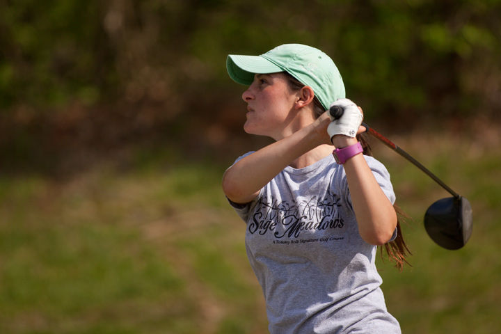 Then-sophomore Brooke Cusumano tees off during practice in April 2015 at Carbondale's Hickory Ridge Golf Course. (DailyEgyptian.com file photo)