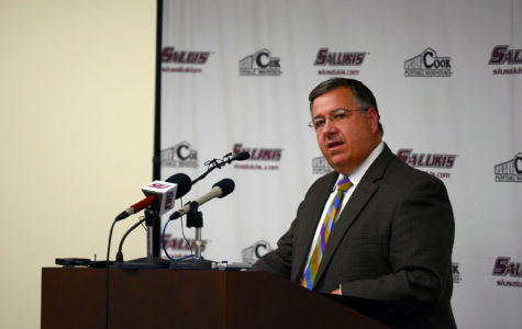Saluki Athletics issues apology about controversial photo