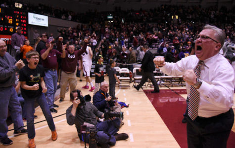 Hinson named MVC Coach of the Year