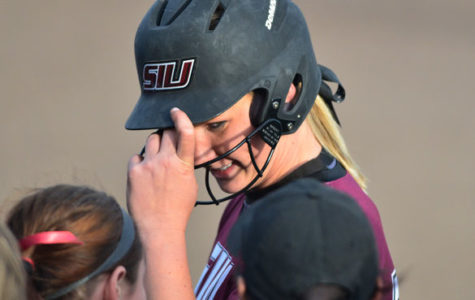 SIU softball walks off against SEMO; 3-2