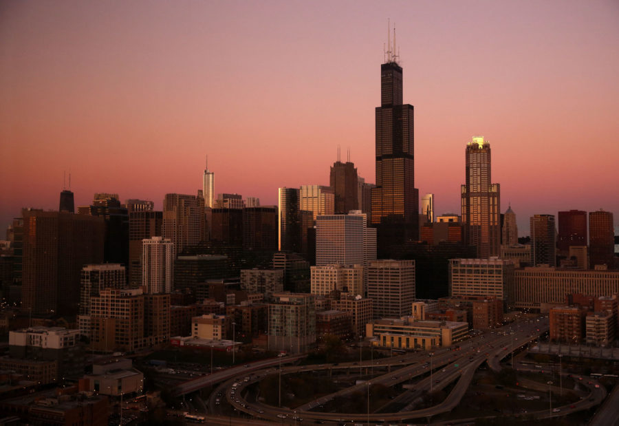 Willis Tower and the Chicago skyline in November 2013. (Chicago Tribune)