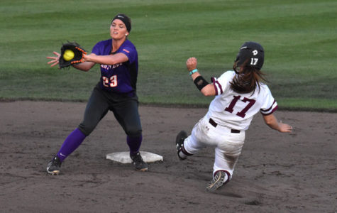 Poor hitting dooms Salukis in midweek sweep