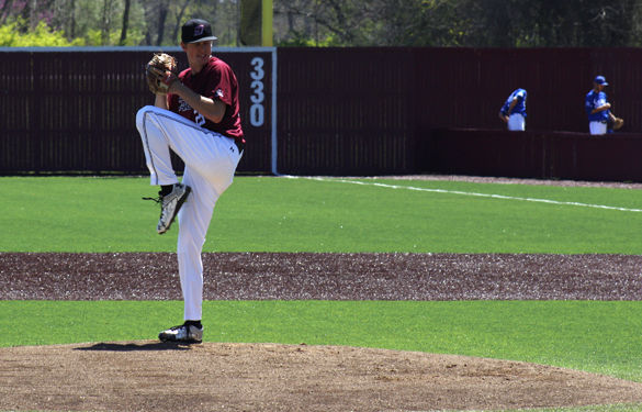 Saluki baseball takes series opener at Evansville